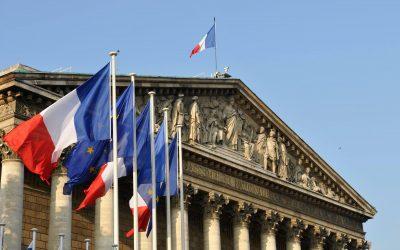 فرنسا ـ تمرير قانون يستهدف الانفصاللية
