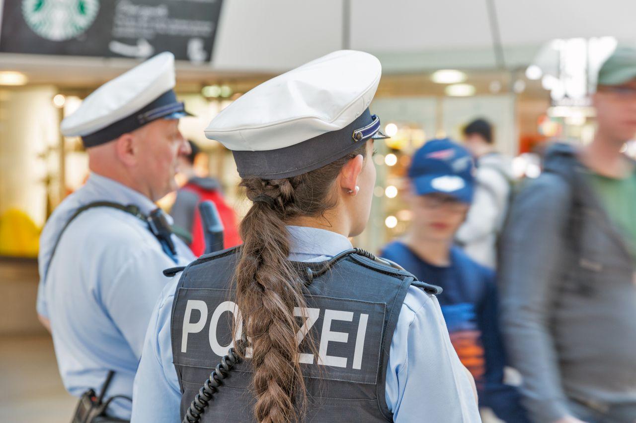 الاستخبارات الألمانية ـ علاقة ربطت شرطية بمنفذ هجوم إرهابي